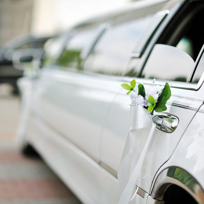 Arrive at Your Wedding in Style: 7 Transportation Options